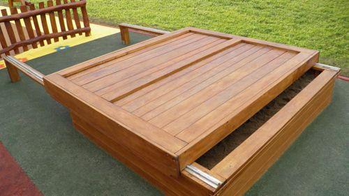 peskovnik s pokrovom sesame urbana igrala otro ka zunanja igrala skate parki javna igrala. Black Bedroom Furniture Sets. Home Design Ideas